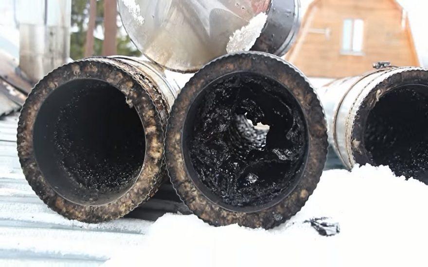 Що робити, щоб уникнути пожеж, які можуть виникнути через неналежну експлуатацію димоходу в каміні?